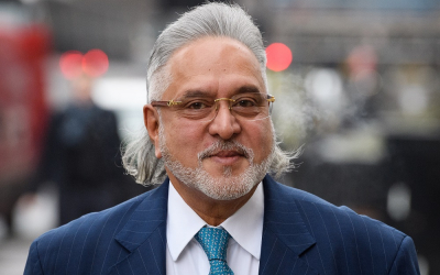 Vijay Mallya resigns as Force India director