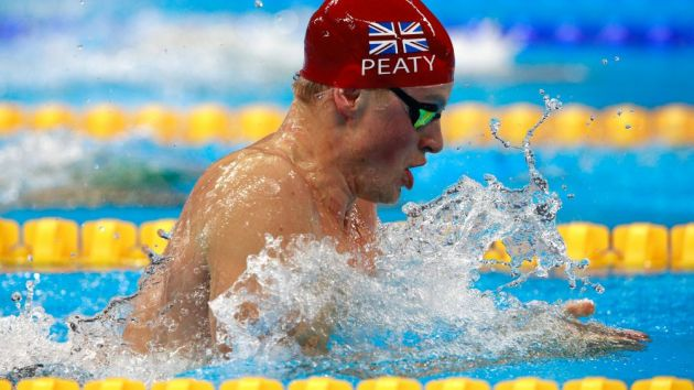 Adam Peaty faces Worlds ban threat over FINA rival competition
