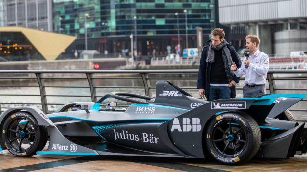 Formula E Massa take on a falcon in Saudi Arabia