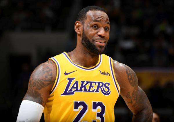 hot sale online b72d3 1323d LeBron James drags LA Lakers to top of NBA jersey sale ...