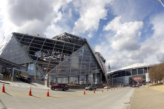 AT&T becomes founding partner of Mercedes-Benz Stadium