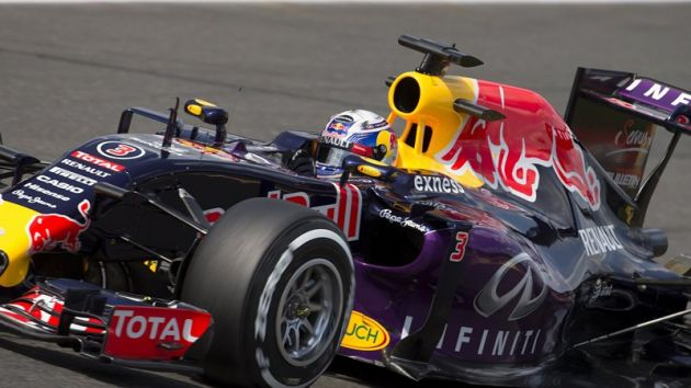 Red Bull Racing extend with Exness
