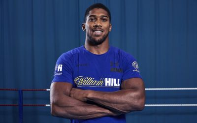 Anthony Joshua goes 'all in' with William Hill