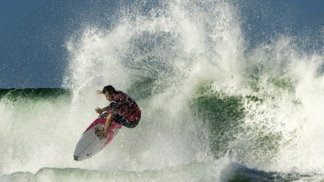 World Surf League rides into new deals with CBS and Turner