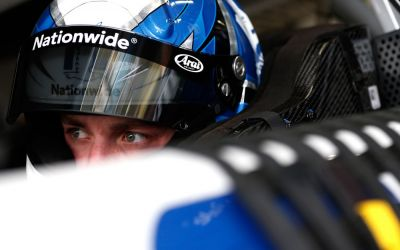 Hendrick Motorsports retain Nationwide backing for Bowman
