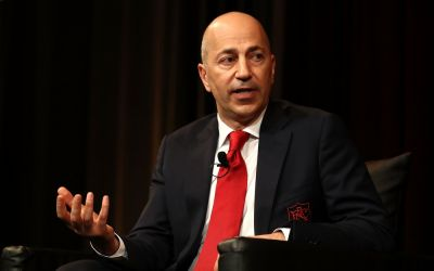 Arsenal CEO Gazidis offered UK£1m pay rise to join AC Milan