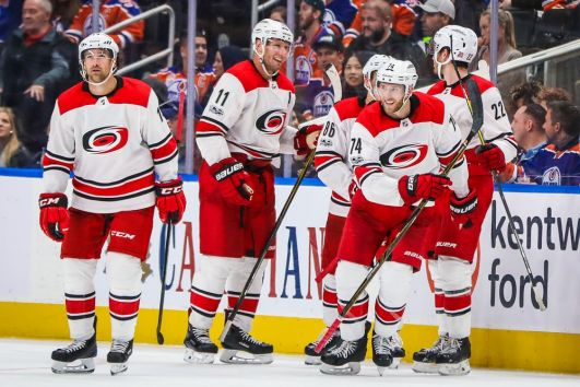 Report: Tom Dundon agrees to purchase Carolina Hurricanes