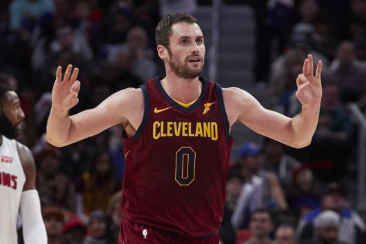 NBA star Kevin Love expands Banana Republic deal
