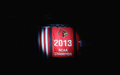 Louisville's 2013 national basketball champions sue NCAA